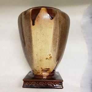 "Vintage Haeger USA Pottery Brown Vase 9.5"" tall"